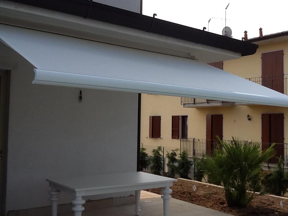 Tende da sole a Brescia, Vendita, installazione e riparazione